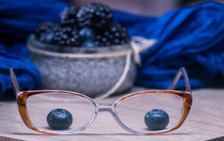 ブルーベリー メガネ